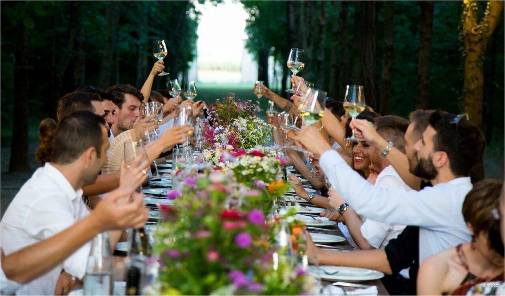 Поздравление на свадьбу от родителей за столом