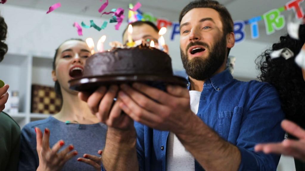 Поздравление с днем рождения коллеге мужчине