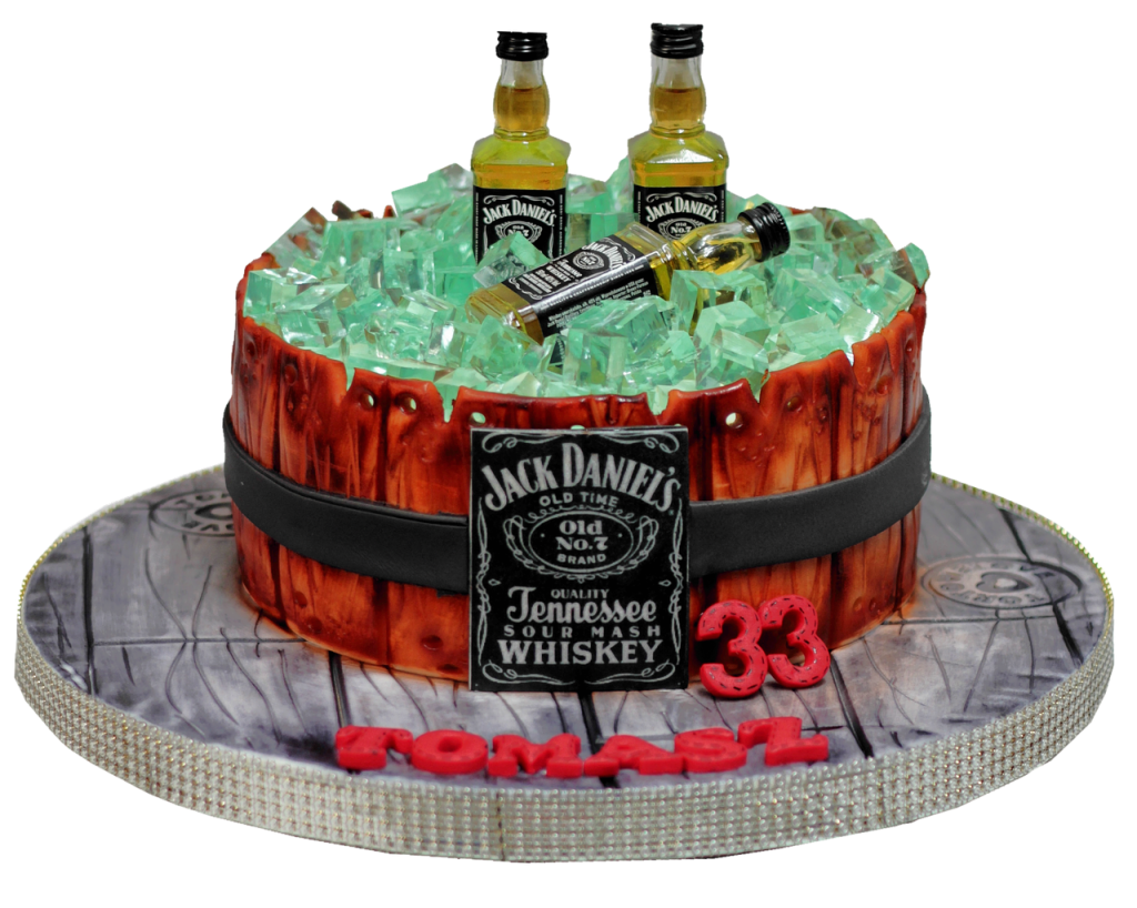 Алгоколь со льдом в виде торта на день рождения мужчине