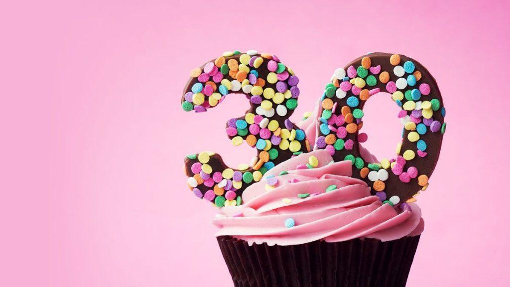 Кекс с юбилеем 30 лет