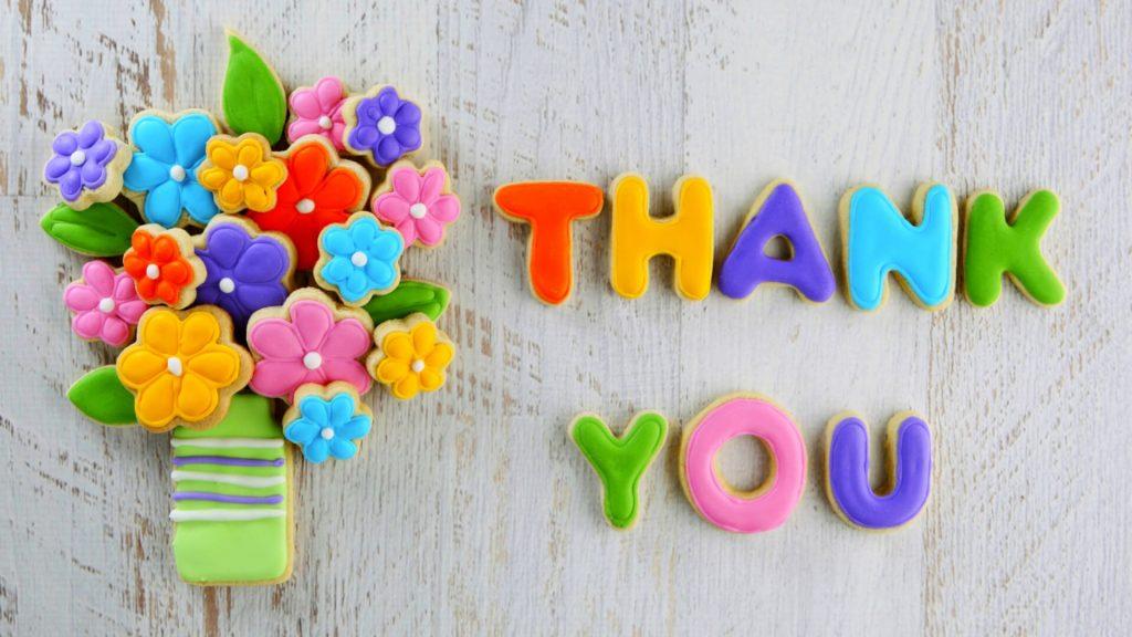 Thank you разноцветные буквы